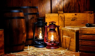Old Kerosene Lantern Lamps in Antique Warehouse