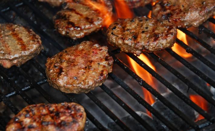 Weber Elektrogrill Fleisch Grillen : Tipps um den perfekten burger zu grillen grillrezepte chefgrill